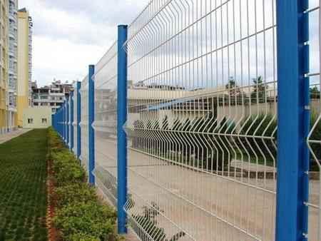 桃型柱护栏网价格-桃形柱围栏网价格-南京护栏网-南京律和护栏网厂