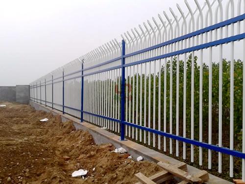 防攀爬围墙护栏价格