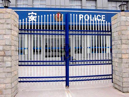 南京护栏网门