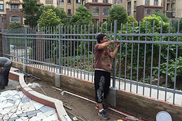 锌钢住宅小区围栏价格